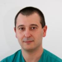 д-р Светлозар Славов